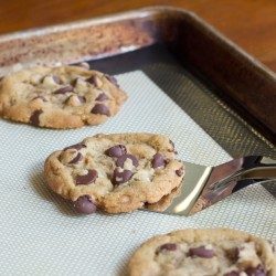 Brown Butter Toffee Chocolate Chip Cookies 2 square