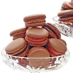 SugaryWinzy  Chocolate French Macarons