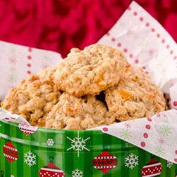 Amaretto Apricot Oatmeal Cookies 5-250px