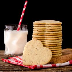 Sour Cream Pecan Sandies Cookies 1-250px