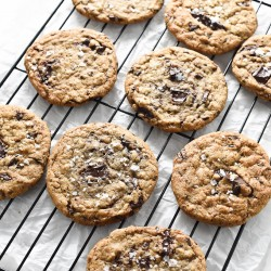 Brown-Butter-Chocolate-Chip-Cookies-680